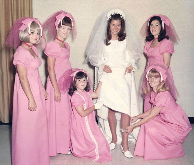 Hideous Wedding Dresses: Hilariously Ugly Vintage Bridesmaids Dresses That Show How