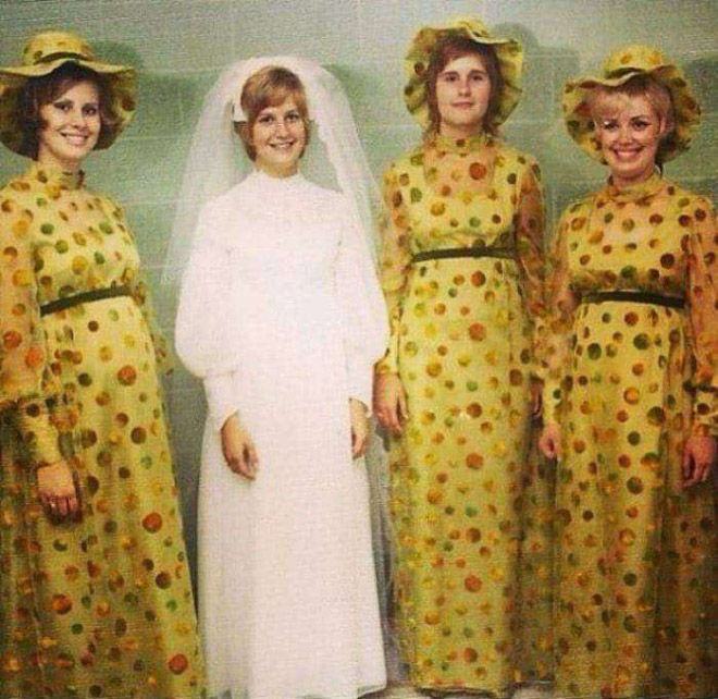 Ugliest Celeb Wedding Dress: Hilariously Ugly Vintage Bridesmaids Dresses That Show How