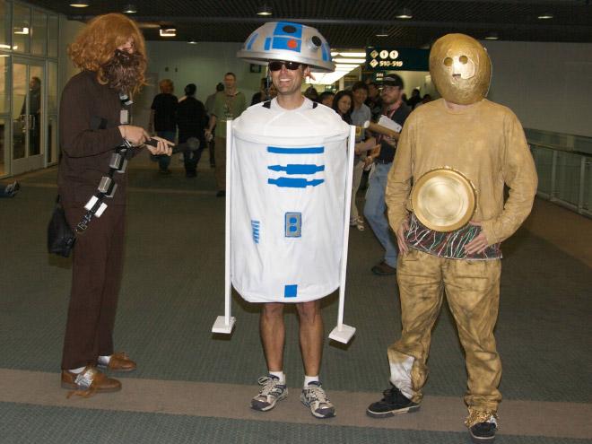 Funny Star Wars cosplay fail.