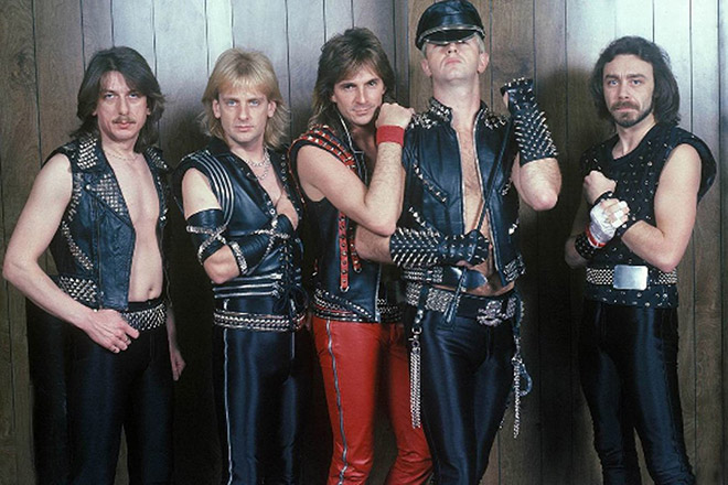 Funny metal band photo.
