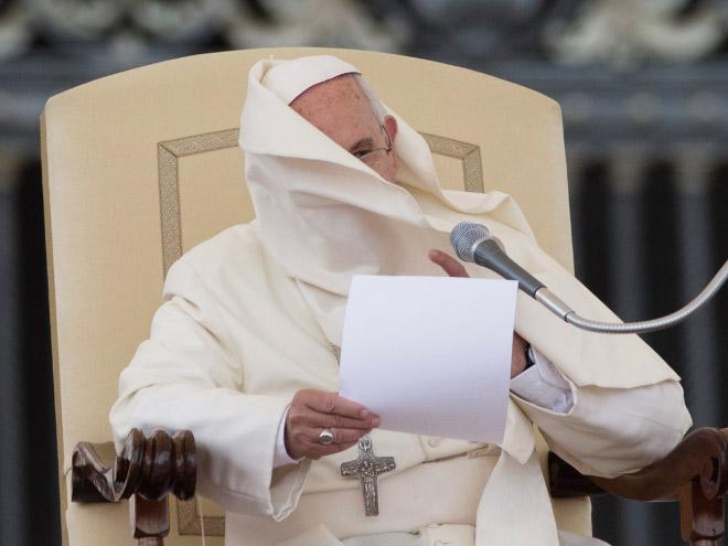 Pope vs. wind.