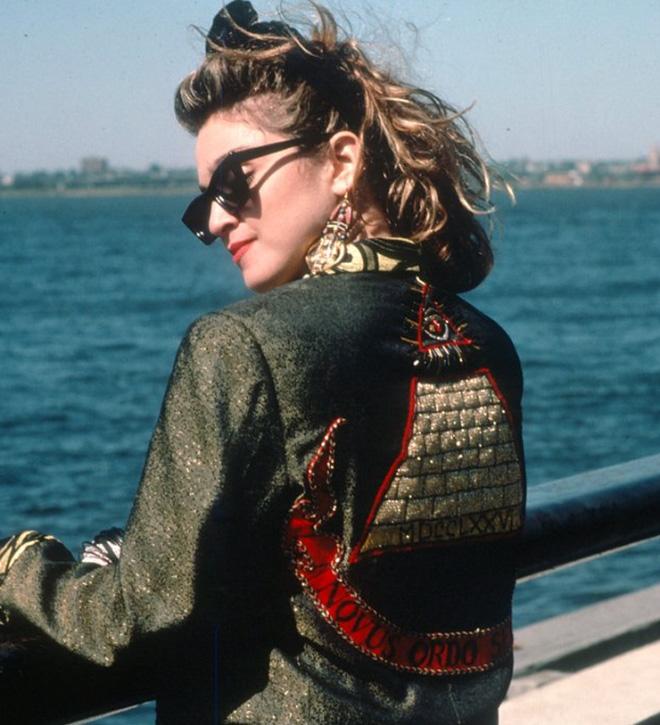 Iconic photo of Madonna.