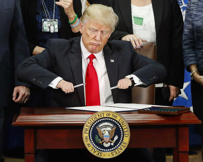 Did you know that Trump's hands are really tiny?