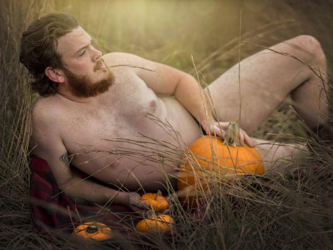 Sensual autumn photoshoot.