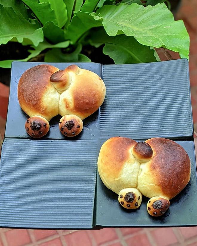 Delicious corgi butt bread.